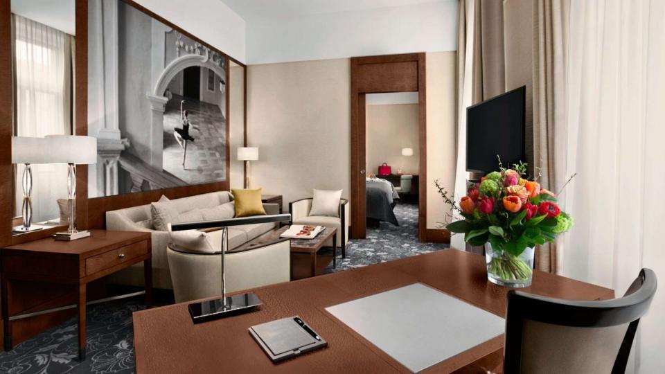 Kempinski Palais Hansen Wien ring suite living room