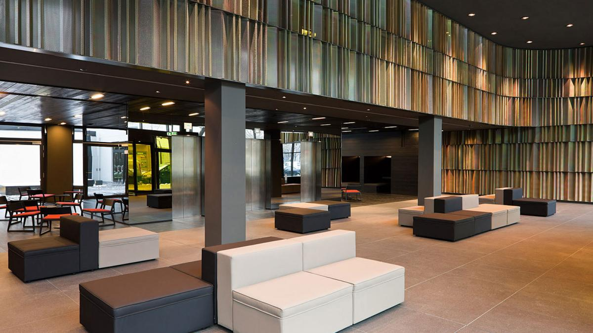 Sana Hotel Berlin lobby
