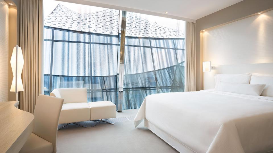 The Westin Hamburg classic Elbphilharmonie room