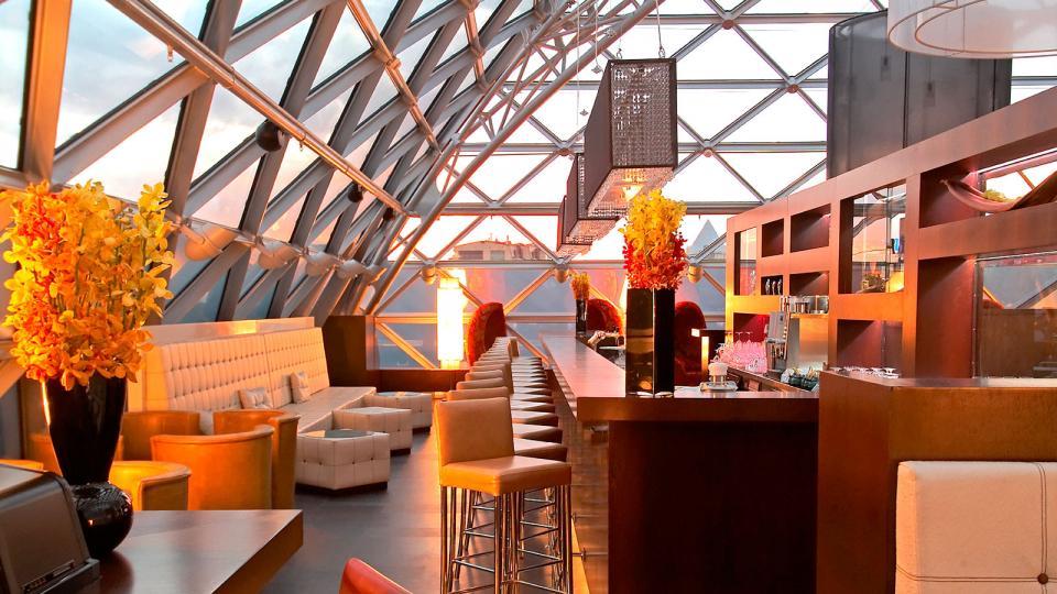 Ritz Carlton Moskau rooftop bar