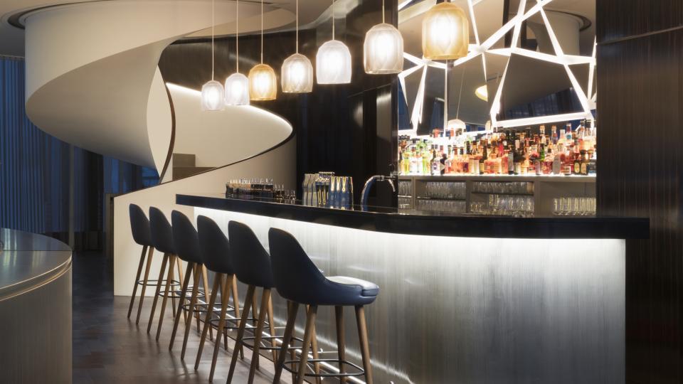Fontenay bar abend quadrat  300dpi