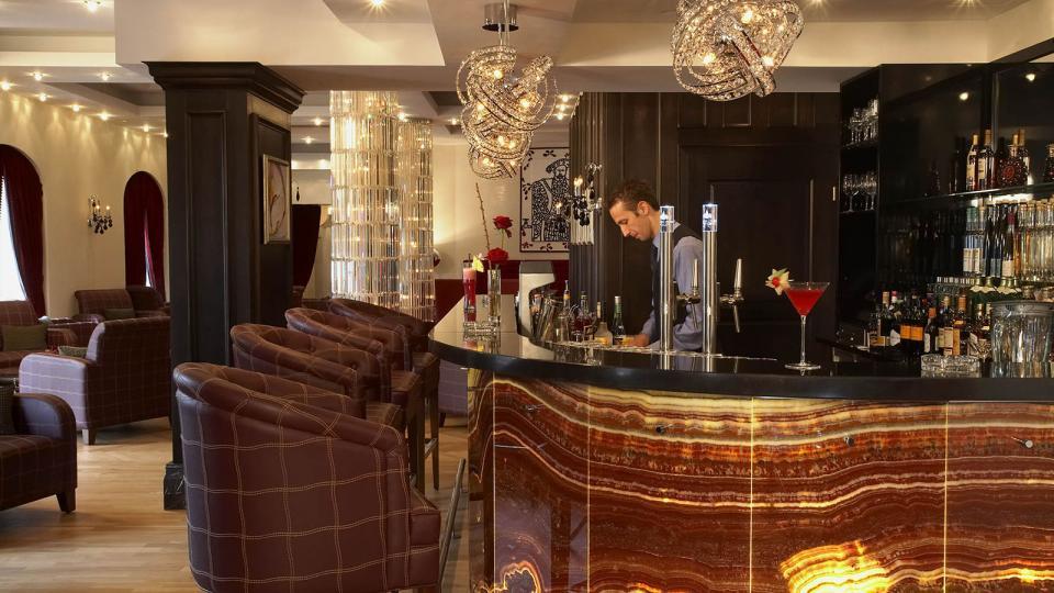 Schlosshotel Velden bar